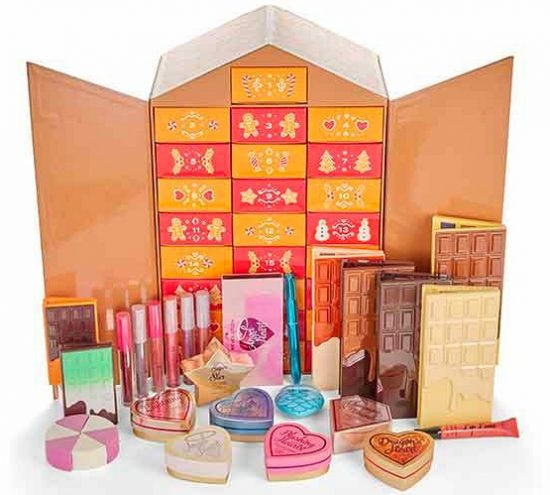 I Heart Revolution Gingerbread House Calendar