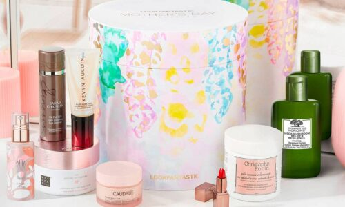 LOOKFANTASTIC Mother's Day Box 2021