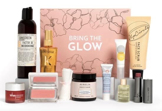 Feel Unique Spring Glow Beauty Box 2021
