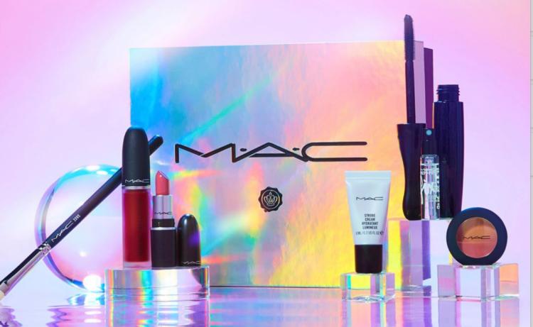 Glossybox x MAC Beauty Box 2021